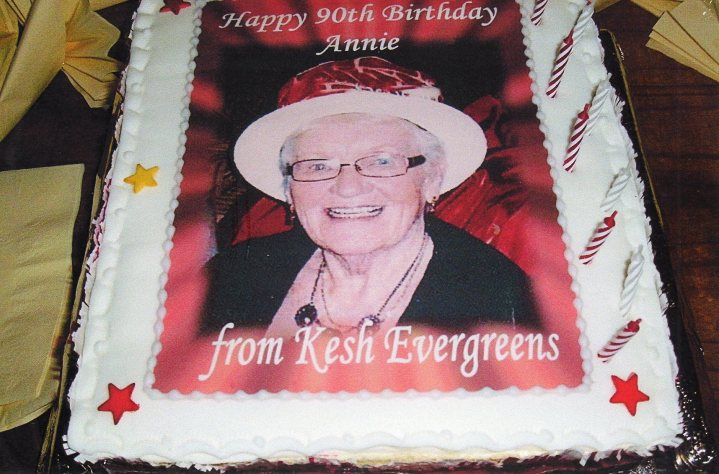 Annie owned a hairdressing business and worked up to the age of 70, taking a day off per week to run the Kesh Evergreens club. She was chair of the club for 21 years until 2003.