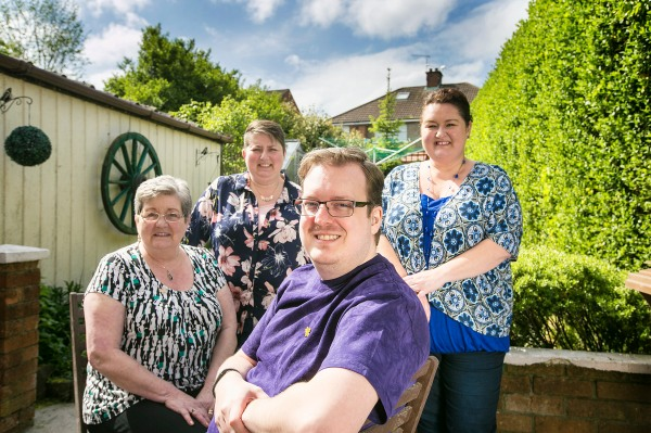 L-R Craig¹s mum Margaret, sister Amanda Orr, Craig and his other sister Joanne Taylor.